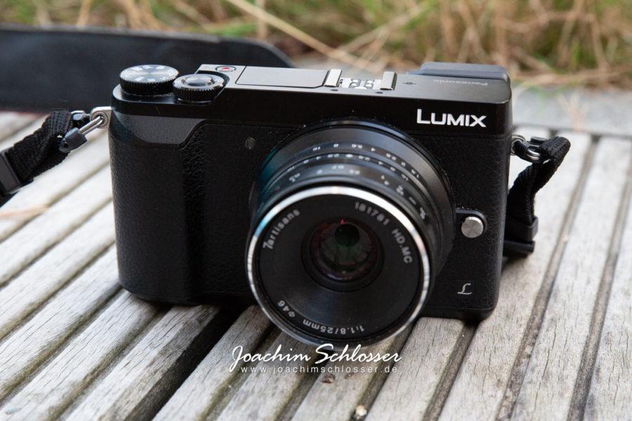 Panasonic Lumix GX80 mit 7artisans 25mm 1.8 Vorderseite oben