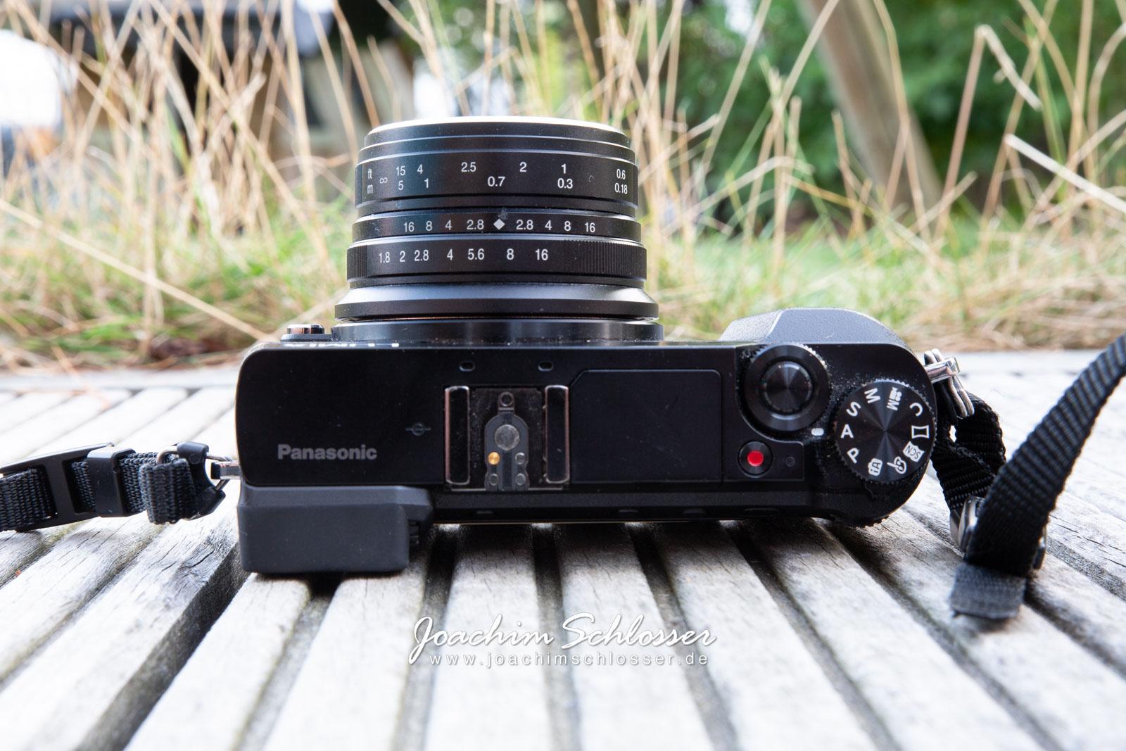 Kamera Panasonic Lumix GX80 mit 7artisans 25mm 1.8 oben