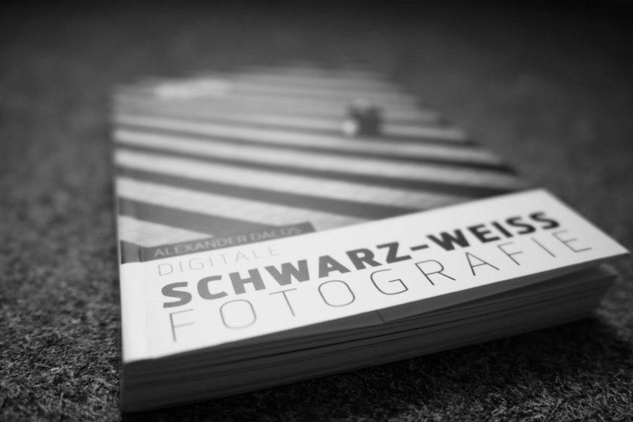 Cover Dacos Schwarz Weiss3